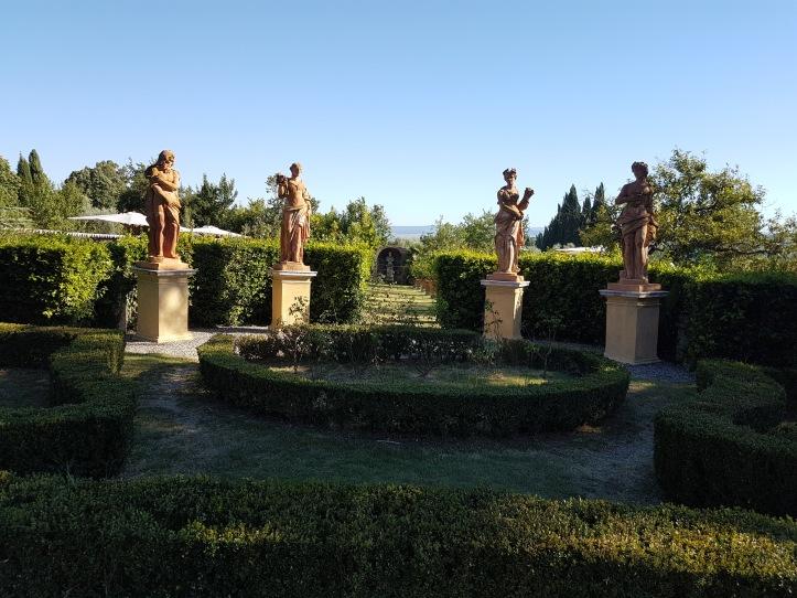 villa Catigano Italian Garden